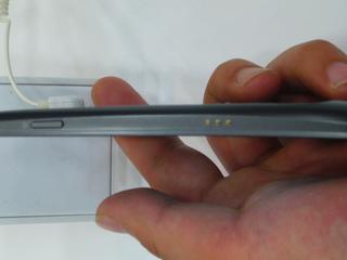 Galaxy Nexus 右側面