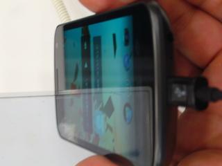 Galaxy Nexus 下側面